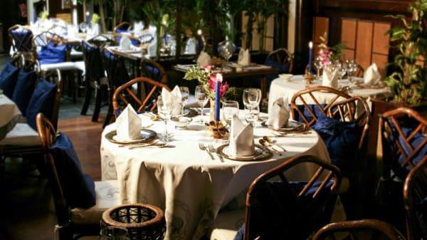 Table dressée - Blue Elephant Paris, Paris