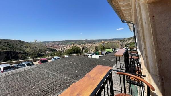 Vistas del Casco Antiguo de Cuenca desde nuestros balcones - El Torreón (Cuenca), Cuenca