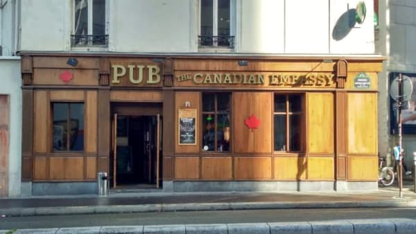Devanture - The Canadian Embassy Pub, Paris
