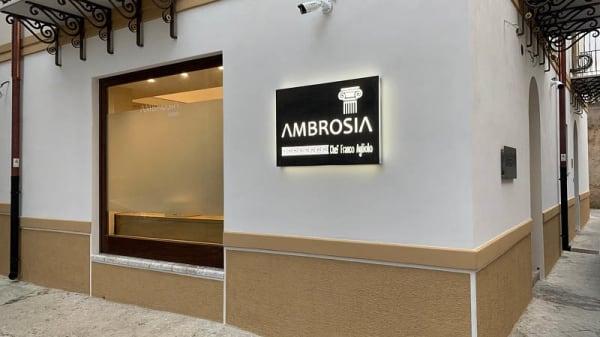 Entrata - Ambrosia Ristorante, Agata Di Militello
