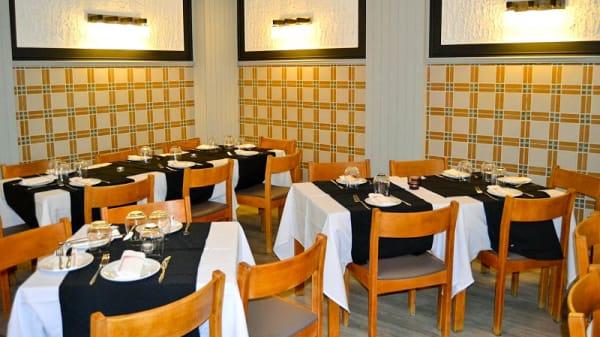 Vista do interior - Três em Cena Restaurante, Lisboa
