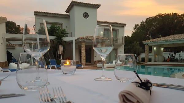 Esterno - Luca's Restaurant Hotel Eliantos, Pula