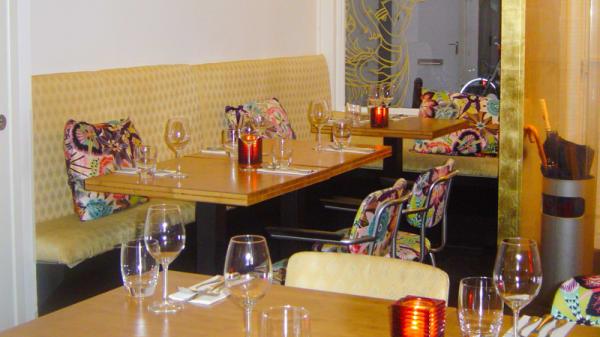Restaurant-decor - Kinnaree Thai Cuisine, Amsterdam