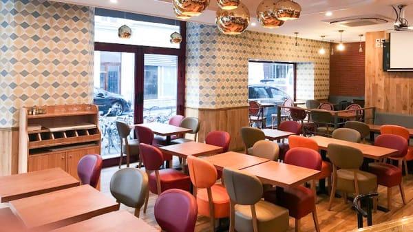 Salon du restaurant - L'Echevin, Paris