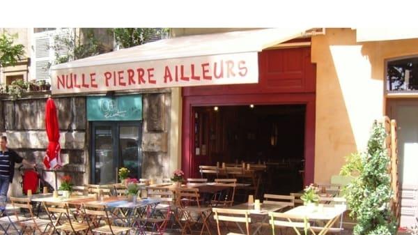 Terrasse 2 - Nulle Pierre Ailleurs, Lyon