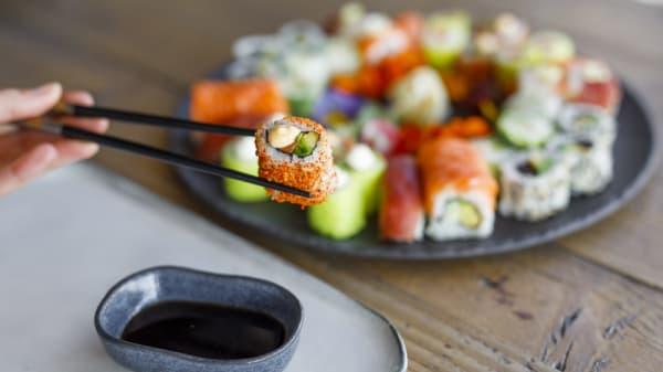Plateau sushi - Enjoy Sushi Venelles, Venelles