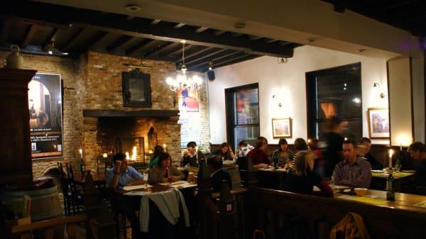 interior - Sol y Sombra Tapasbar, Brugge