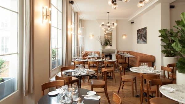 Premier étage - Rae's Restaurant, Paris