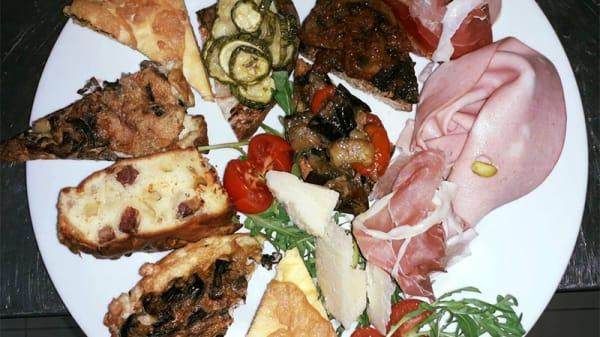 Suggerimento dello chef - Re Artù Aprilia, Aprilia