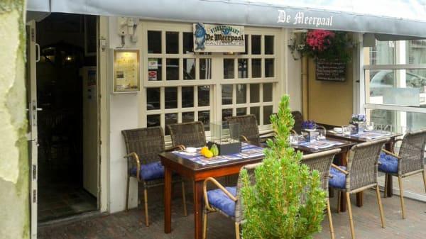 het gezellige en verwarmde terras - De Meerpaal, Zandvoort