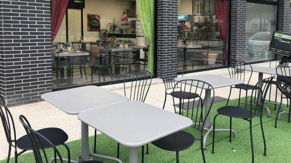Terrasse - Pizza Gust'O, Bois d'Arcy