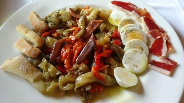 Sugerencia de plato - Mesón El Ciervo, Burunchel