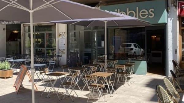 Nibbles, Marseille