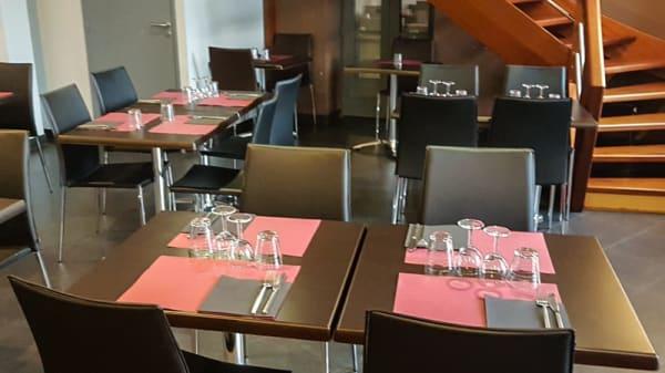 Salle du restaurant - Ô Petit Resto, Mongauzy