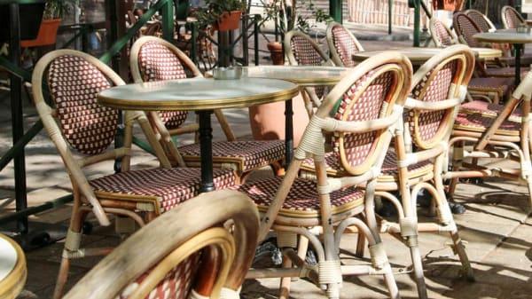 Terrasse - Le Café Des Intimes, Bastia