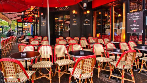 La terrasse - Café du Rendez-Vous, Paris