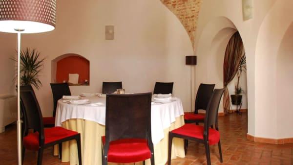 Sala del restaurante - Moba, Fuentes De Leon