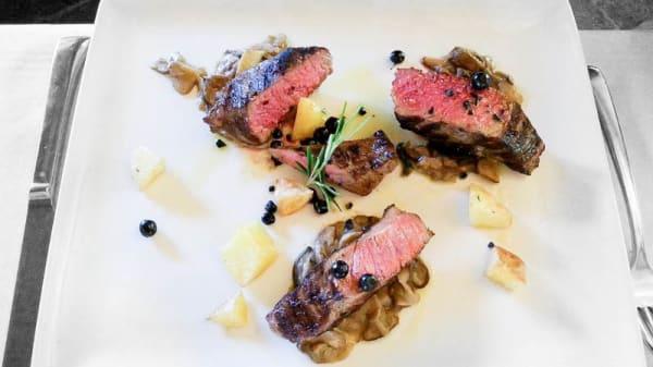 carne - Quattro Stagioni by La Fiorida, Mantello