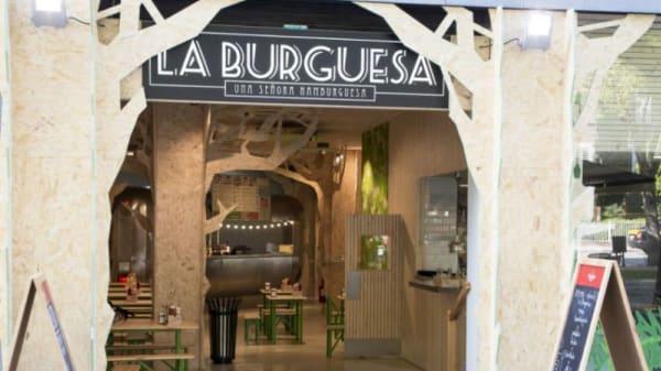 1 - La Burguesa - Fleming, Barcelona