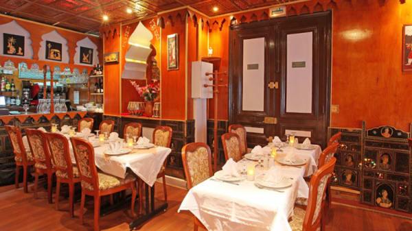 Vue de la salle du restaurant - Taj Mahal, Paris