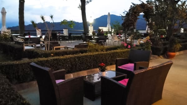 Terraza - Kabilas Restaurant, Benarrabá