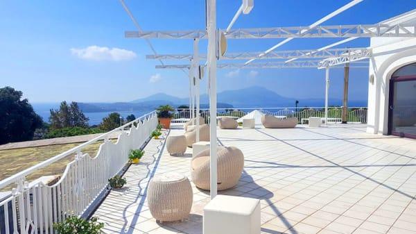 Vista della terrazza - La Torre Saracena, Monte Di Procida