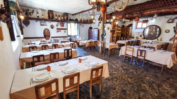 Vista da sala - Adega do Cozinheiro, Sintra