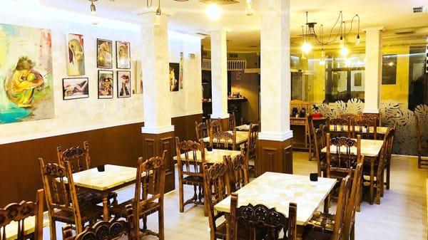 Vista sala - El Vodevil Gastrobar, Madrid