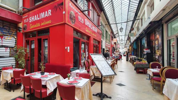 Shalimar, Paris