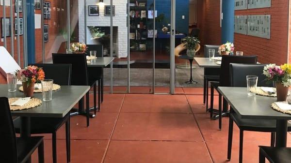 Vista do interior - Café Artigas, São Paulo
