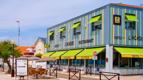 Façade - Brasserie Plage Acadie, Châtelaillon-Plage