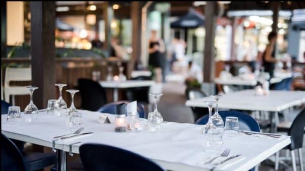 Dinner setting - Village Cafe Restaurant & Bar, Airlie Beach (QLD)