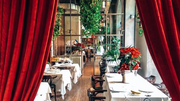 Yard Restaurant, Verona