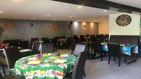 Salle du restaurant - La Case Villecresnoise, Villecresnes
