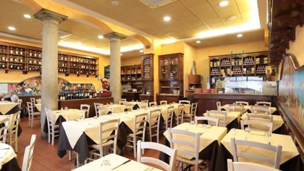 Vista sala - Pizzeria La Tradizionale, Milan
