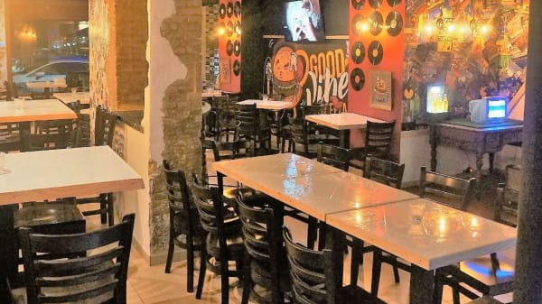 sala1 - Breeza Bar, Valencia