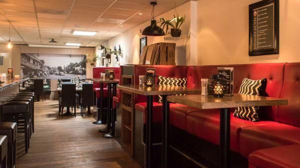 Restaurant - Eetcafé de Bank  en  Co, Bunnik