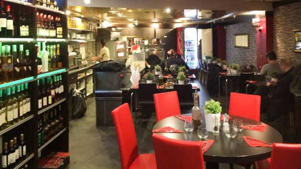 salle - Il Vantaggio, Paris