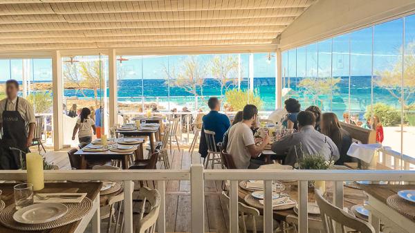 Sala con vistas al mar - Cassai Beach House, Colonia De Sant Jordi
