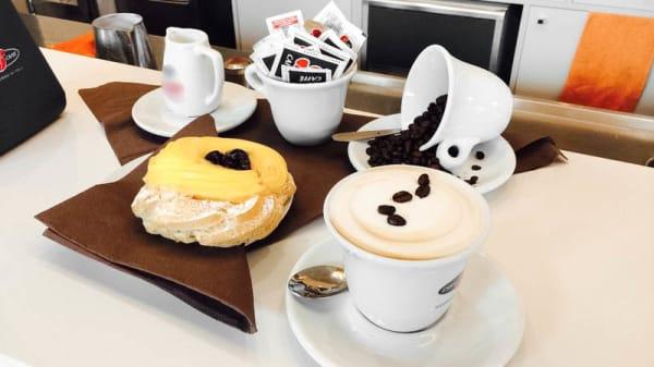 cappuccino e dolce - Grandi cafe, Pessano Con Bornago