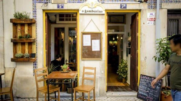 Entrada - O Gambuzino, Lisboa