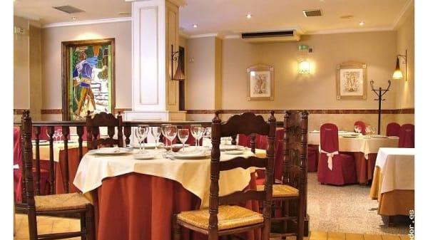 Vista de unas mesas - El Marqués, Ubeda