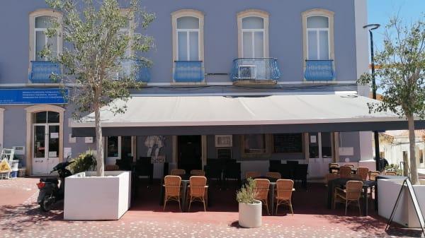 Chrissy's Restaurant, Lagoa