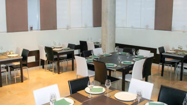 Vista del interior - Restaurante Teatro, Peligros