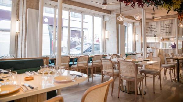 Salle du restaurant - Pique-Nique, Paris