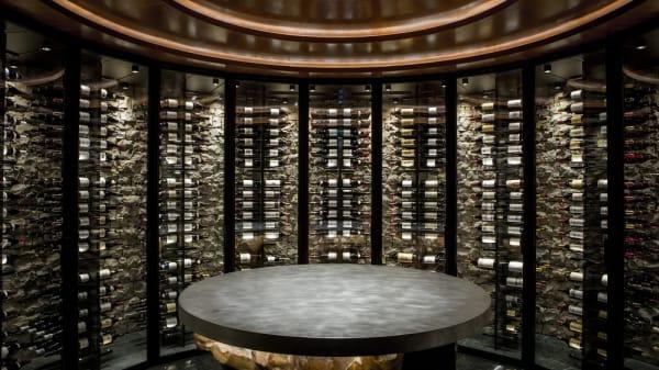 OMER - Cercle du vin (c) Pierre Monetta - Andrea Berton à l'Hôtel de Paris Monte-Carlo, Monaco