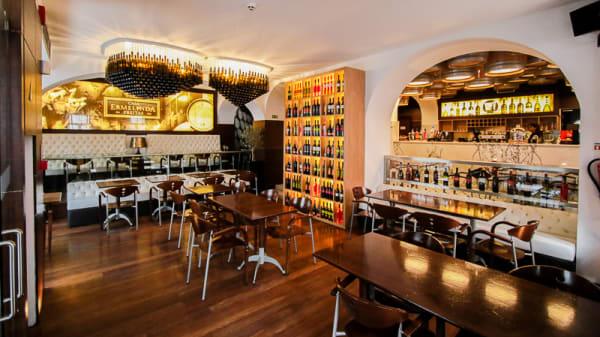 Sala do restaurante - Wine Not?, Lisboa