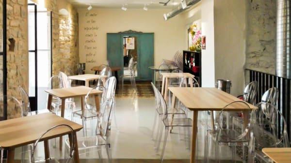 Vista del interior - Taberna restaurante Paco Tite, Torreperogil