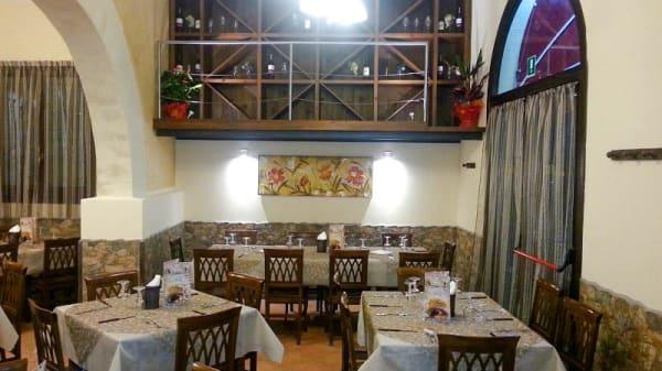 vista sala - Pizzeria dell'Arco, Trapani