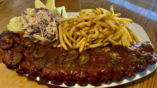 NEW smoked apple and jalapeño BBQ ribs with apple slaw  - Cafe Yanx, Marbella